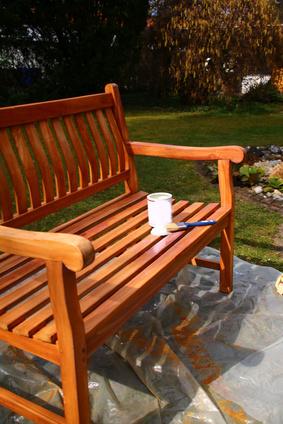 Sitzbank Neu Streichen So Erhalt Ihre Gartenbank Neuen Glanz Sitzbank Net